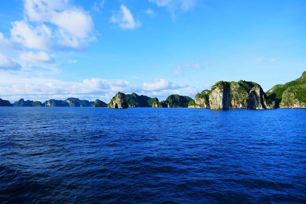 La Han Bay, Halong Bay, Vietnam